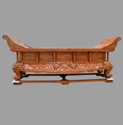 实木雕花供桌